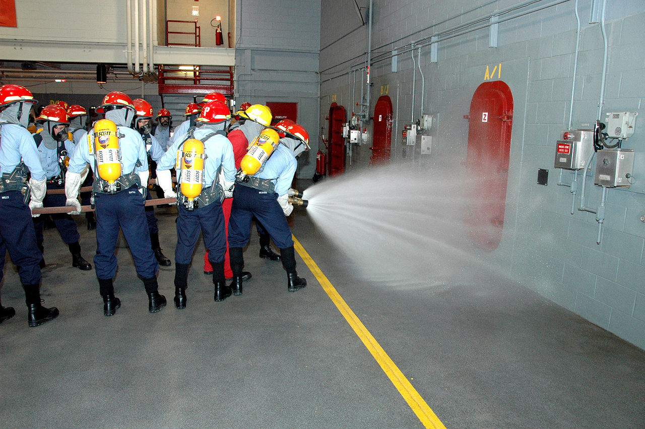 1280px-training_at_the_recruit_training_command_fire_fighting_school